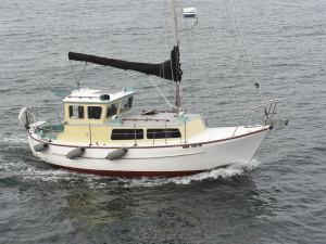 Island Drifter Underway off Seacrest